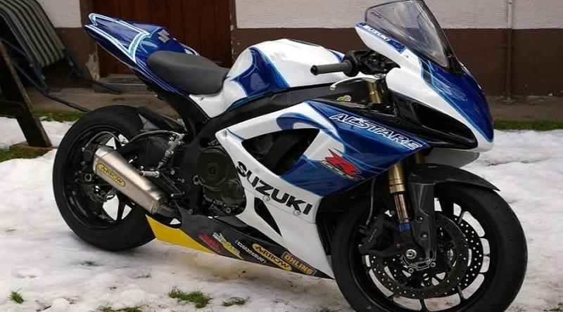 GSXR_Corona-blue-white